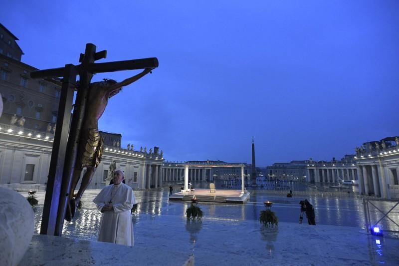 Momento extraordinario de oración en tiempos de epidemia