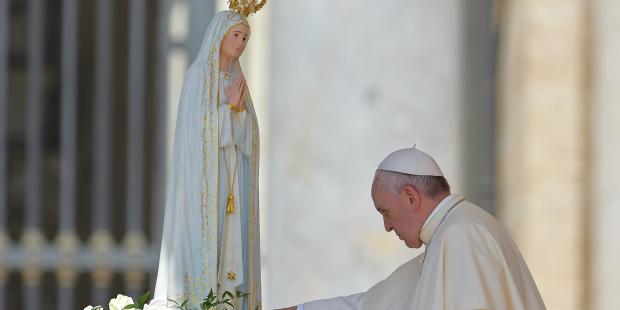 Reza el Rosario con el Papa Francisco por el final del COVID19 el 30 de mayo a las 17:30 horas