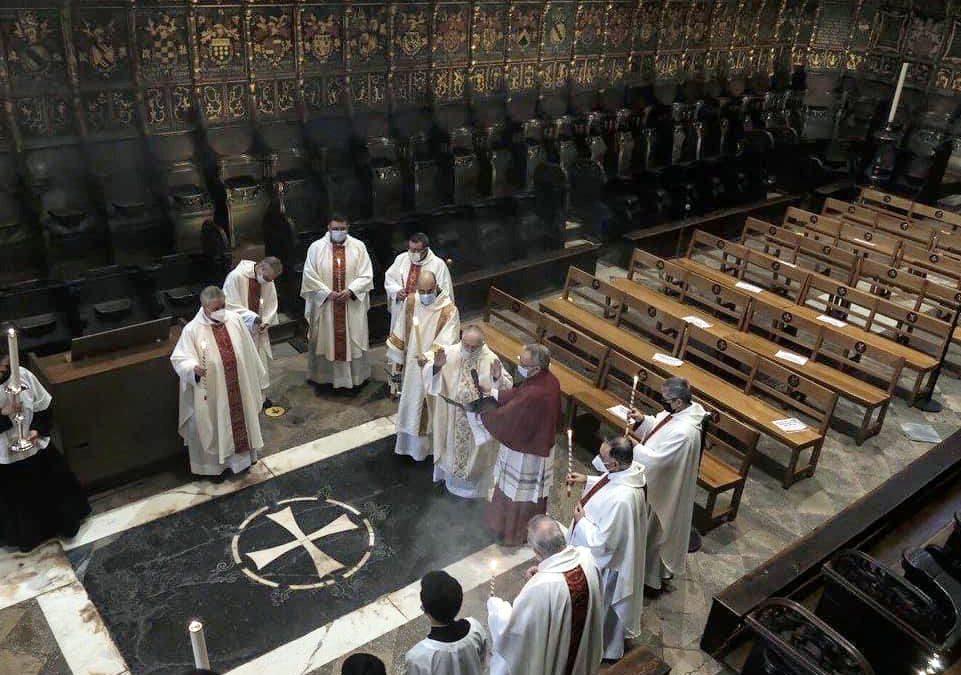 Asistencia al Oficio de la Presentación del Señor en la Catedral de Barcelona