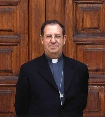 Representación de la Orden en la Misa exequial por el Obispo emérito de Orihuela-Alicante