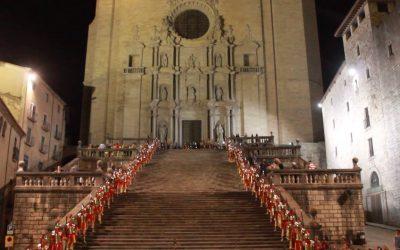 Veneración de la Santa Cruz en Girona