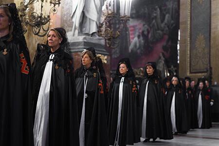 Investidura y Cruzamiento de los aspirantes a Damas y Caballeros de la Orden – Lugartenencia España Occidental